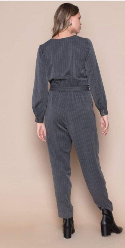 Ολόσωμη φόρμα Hype μονόχρωμη ριγέ